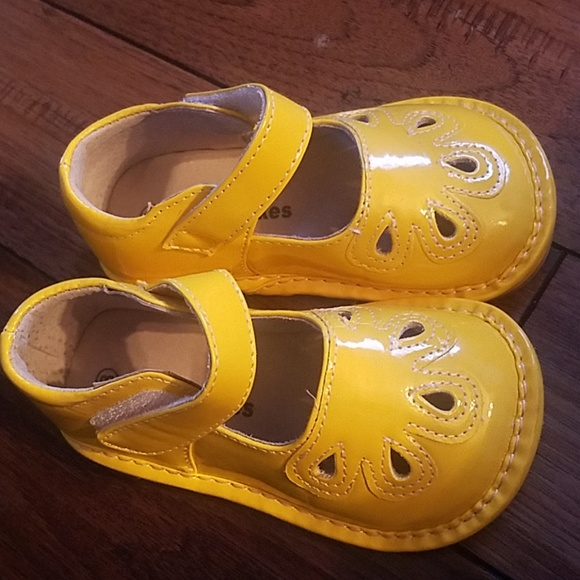 a6a456af42 laniecakes Other - Laniecakes yellow mary Jane s size 8